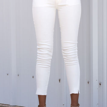 Mitty Cut Off Distressed Skinnies - Off White