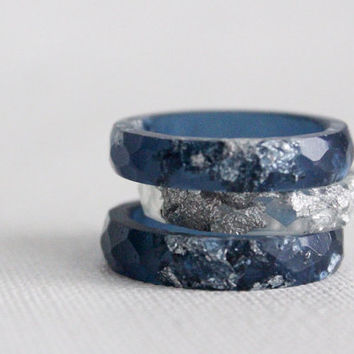 midnight sky size 7.5 thin multifaceted eco resin midnight blue with silver flakes