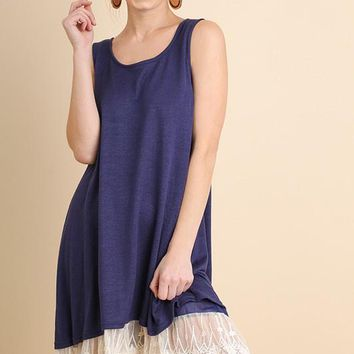 Sleeveless Color Lace Hem Dress