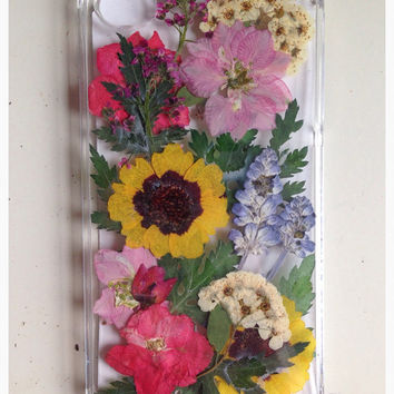 real pressed flowers phone case!
