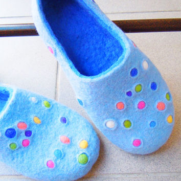 Felted slippers. Bubbles, bubbles... Ready to ship in US woman size 10