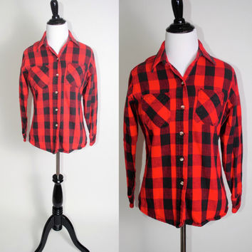 Vintage 80s 90s red and black BUFFALO PLAID thick soft plaid flannel tiny fit button down shirt