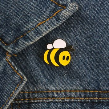 Trendy Cartoon Cute Mini Honeybee Brooch Pin Badge Pins Denim Jacket Coat Clothing Pin Button Brooches Animal Jewelry Gifts for Kids AT_94_13