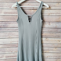 Tamia Gray Ribbed Dress