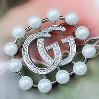 GUCCI Fashion New Diamond Letter More Pearl Brooch Accessories Women Silver