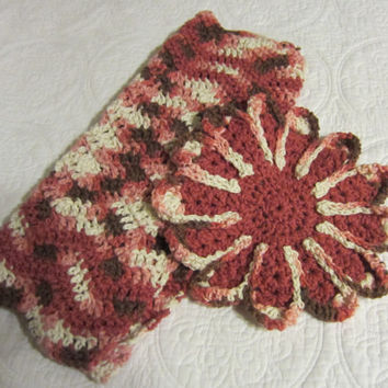 Crochet Dish cloth and 2 Dish towels Multi Color Pink,Brn & White Great to Wash and Dry Dishes 3 For The Price Of 2