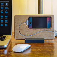 iPhone 4, 4s, 5 Docking Station  in Birdseye Maple