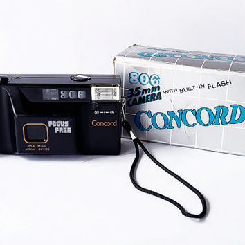CONCORD 806 Camera 35mm Built-in Flash With Box Focus Free F5.6 38mm Japan Optics Case Included 1988 Filming Lomo 80s Vintage Retro