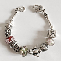 "Silver Toned Costume Jewelry 7.5"" Modern Style ""Peace"" Themed Charm Bracelet, Peace and Love Themed Charm Bracelet"