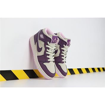 Air Jordan 1 purple women basketball shoes/555112-500