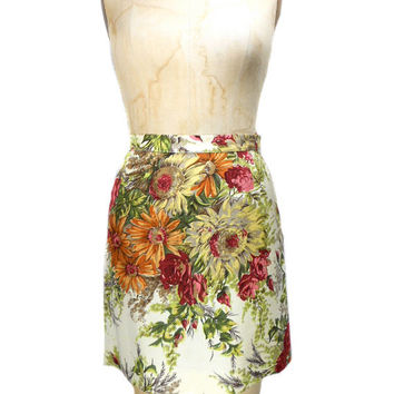 1990s Dolce & Gabbana Floral Skirt / Silk / Mini Skirt / A-Line / Spring Summer / Office Fashion / Womens Vintage Skirt / Size 40