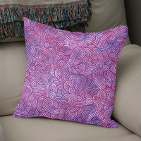 «Hot pink and purple swirls doodle», Numbered Edition Coussin by Savousepate - From 25€ - Curioos