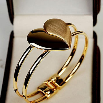 New Fashion Lady Elegant Heart Bangle Wristband Bracelet Cuff Bling Gift (Color: Gold) = 1946357316