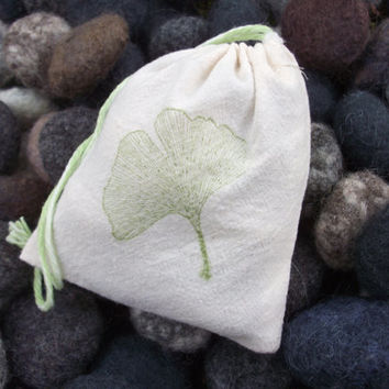 Felted wool beach or river stones in natural bag, party/wedding favors, ready to ship