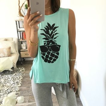Hot Sale Print Sleeveless Split Ladies T-shirts [8655030407]