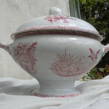 French vintage pink transferware tureen / soupière, French antique, vintage tureen, soupière, cottage chic, country home, animals