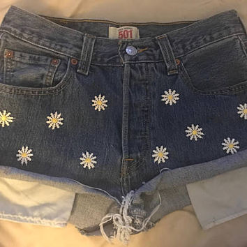 High Waisted Levi Daisy Shorts
