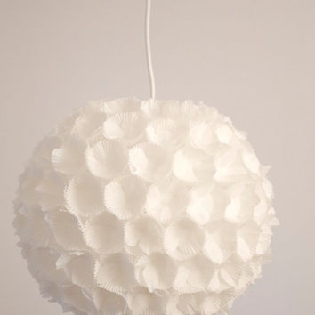 Pendant lamp  TRE DI / white milk / lamp shade paper flower 3D / handmade / living room & bedroom