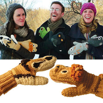 PREDATOR vs. PREY - LION  GAZELLE MITTENS