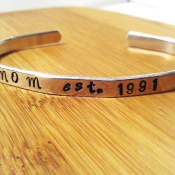Mom Silver Metal Bracelet Cuff Hand Stamped Custom Personalized Boho Hipster Womens Mother Mommy Grandmother Grandma Mama Mother's Day Gift