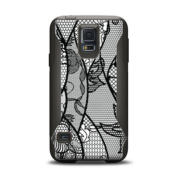 The Black and White Lace Design Samsung Galaxy S5 Otterbox Commuter Case Skin Set