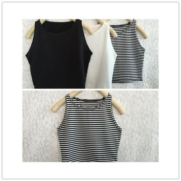 Women Fashion Casual Temperament  White And Black Sleeveless Crop Tank Top = 5658146305