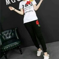 """Dolce & Gabbana"" Women Casual Fashion Flower Embroidery Letter Print Short Sleeve Trousers Set Two-Piece Sportswear"