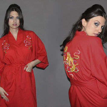 Vintage RED DRAGON ROBE / Chinese Kimono, Short Robe / Embroidered Oriental Dressing Gown / Year of the Dragon / Asian Nightgown