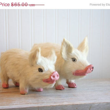 SALE Toy Pigs, Vintage Pigs, Goat Hair Toy, Pig Figurines, Paper Mache, Farmhouse Decor, Farm Animals, oddities, piglets, pig figurine