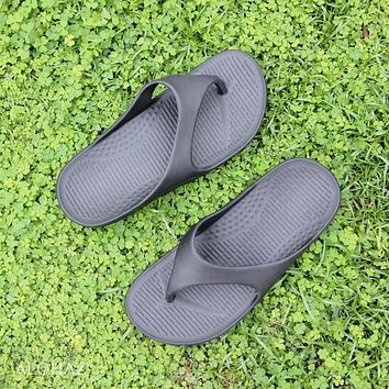 black flip™ - pali hawaii sandals