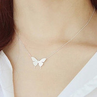 Chic Butterfly Pendant Necklace For Women
