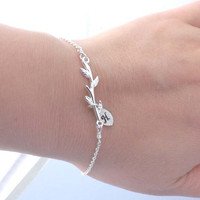 Personalized Friendship Bracelet - initial leaf, branch bracelet-Bridesmaid,bestfriend,Wife,Girlfriend, Mothers Gift