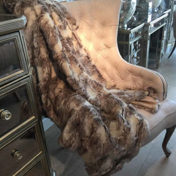 Luxury Soft Brown Patterned Faux Fur Throw