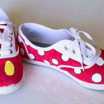Disney Mickey and Minnie Mouse Hand Painted Shoes dd5af65a2