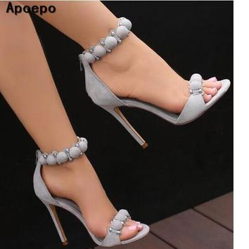 Apoepo Brand Sexy Open Toe Woman Sandal 2017 Summer Ankle Strap High Heel Sandal Rivets Studded Thin Heels Gladiator Sandal