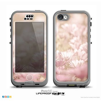 The Distant Pink Flowerland Skin for the iPhone 5c nüüd LifeProof Case