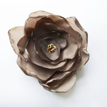 Brown (cold) flower rose brooch gift for her romantic accessories pin