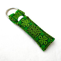 Green Celtic Knotwork Chapstick Keychain - Green Irish Celtic Knot Black St Patrick's Day Lip Balm Holder Cozy