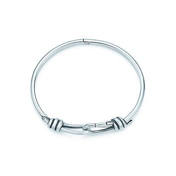 Tiffany & Co. - Paloma Picasso® Knot hinged bangle in sterling silver, medium.