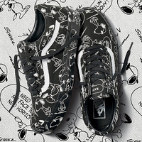Vans x Peanuts Old Skool | Shop At Vans