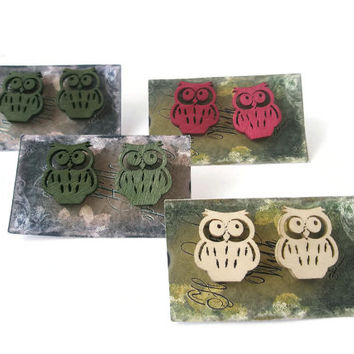 Earrings Owl Stud Jewellery woodland jewelry Cute Fun ear-rings Red Green Natural Wood