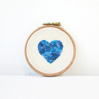 Heart embroidery hoop, 5 inch blue heart, modern embroidery art, small wall art, Valentine's gift, gift for the home, handmade in the UK