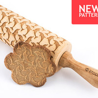 Dolphins - Embossed, engraved rolling pin for cookies