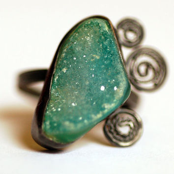 the emerald city ring... oxidized sterling silver with green druzy quartz ring