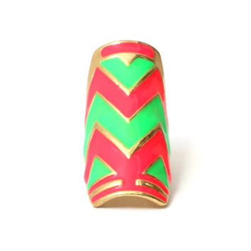 Neon Chevron Cocktail Ring Size 6 Pink Green Tribal RB38 Zig Zag Striped Plate Armor Fashion Jewelry