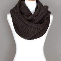 Infinity Knitted Scarf (Coffee Brown)