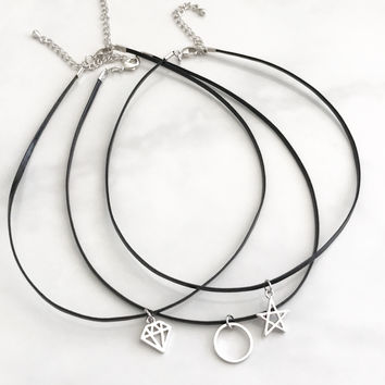 Cutie choker necklace