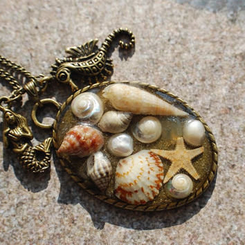 Mermaid Necklace Nautical Jewelry 09 Real Mini Seashells Starfish Seahorse Pearl Resin Vintage