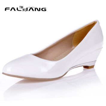 New arrival Spring Autumn plus size 11 12 13 14 15 16 17 18 19 20 Fashion Shallow Pointed Toe Wedges Med Heels Single shoes