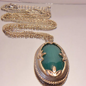 Vintage Jade Lotus Pendant Necklace Green Oval Jewelry Fashion Accessories For Her